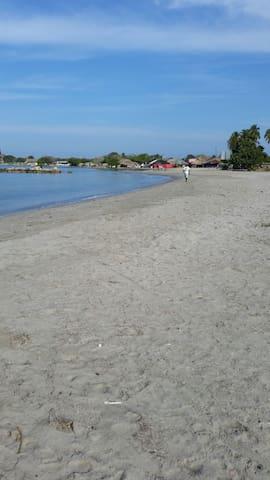 Hospedaje Bahía un sitio para relax - Cartagena isla de tierrabomba - Bed & Breakfast