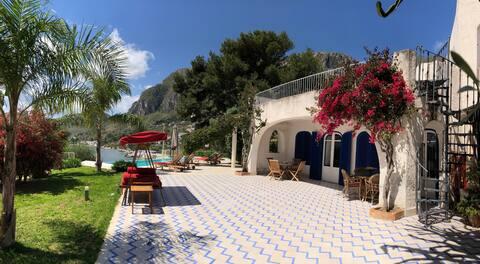 """La Villa del Golfo - Suite """"Benjamin"""""""