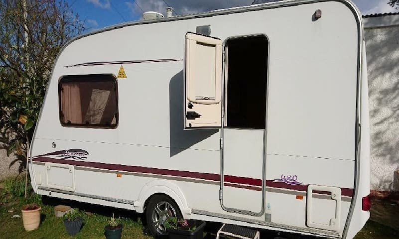 Garden Swift 2 berth.