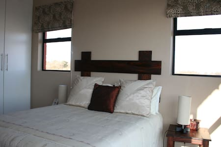 Luxury BnB on a game farm - Bela-Bela