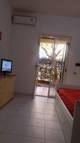 fittasi app.to mese di settembre - Le Castella - Apartment
