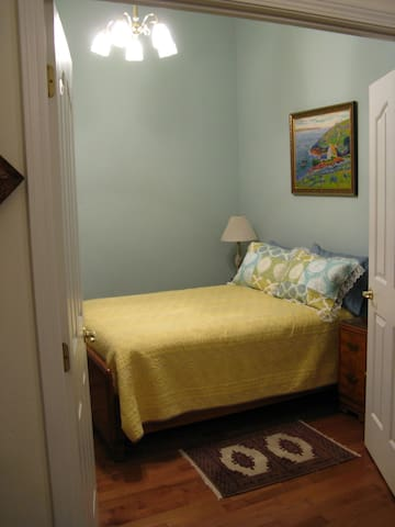 Provence Guest Room