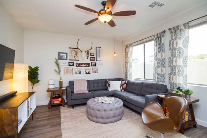 Centrally Located Tempe Town Home