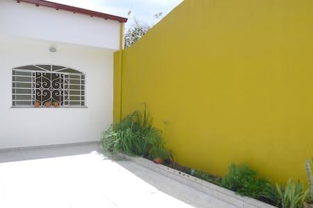 Sala grande no centro de Mogi ! (comercial) - Mogi das Cruzes - Talo