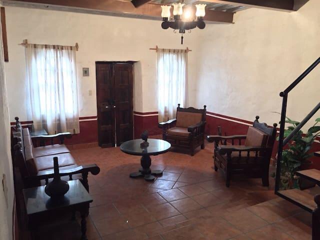 Acogedora casa en Tapalpa - Tapalpa
