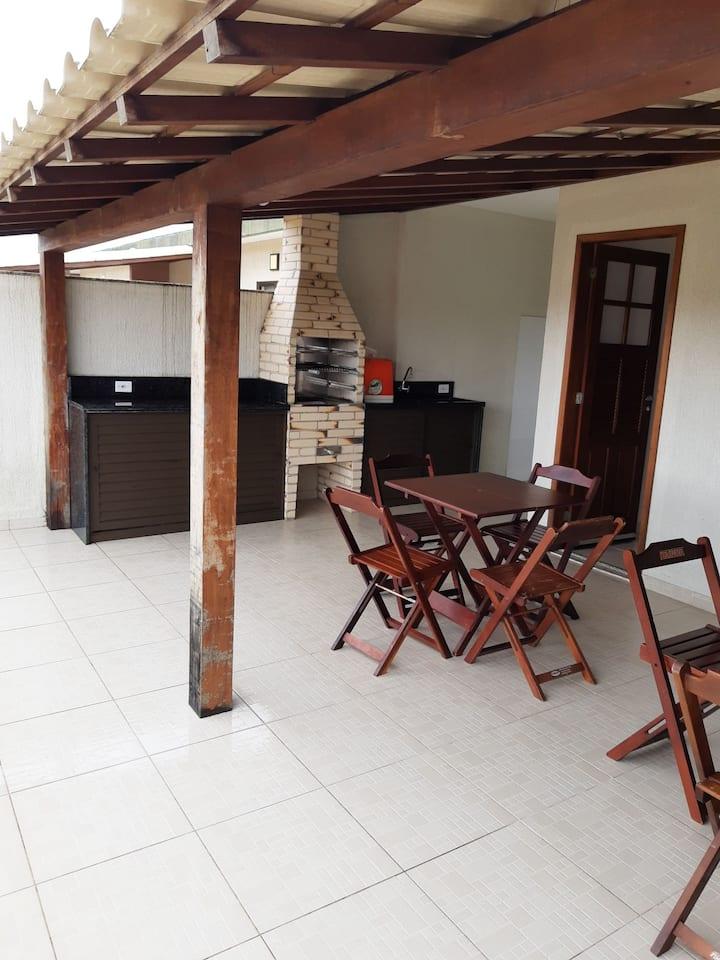 Apartamento duplex no Peró - Próximo a praia