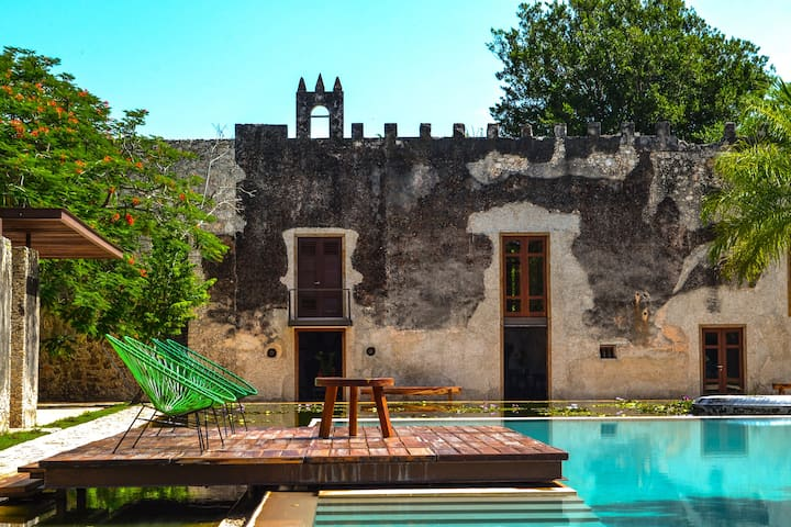 Tamchen: a luxurious private hacienda