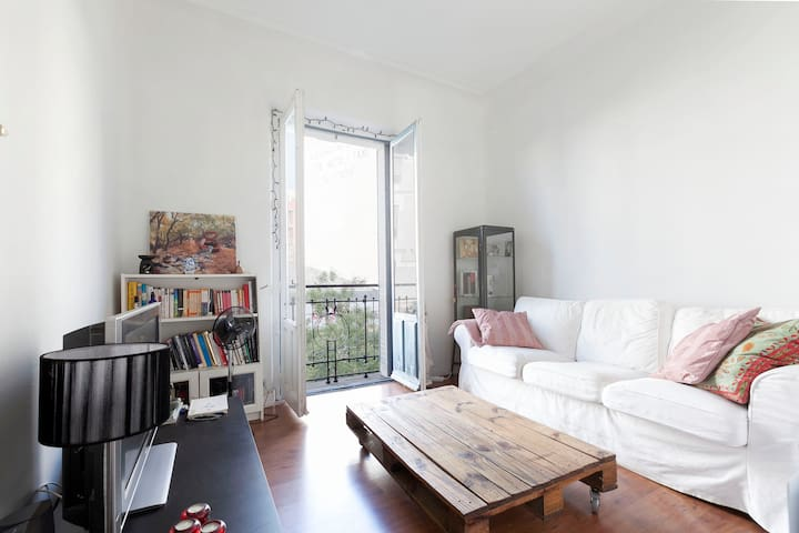 Beautiful room in central Madrid - Madrid - Pis