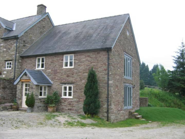 Glyn Farm Granary near Hay-on-Wye.