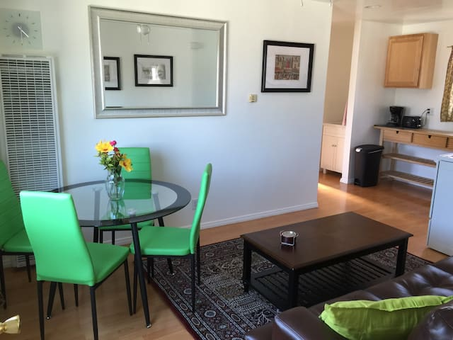 Just Like Home - apartment - Los Angeles - Leilighet