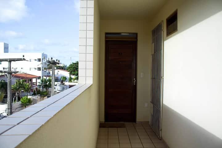 Estudio a 110 metros da praia de Camboinha!