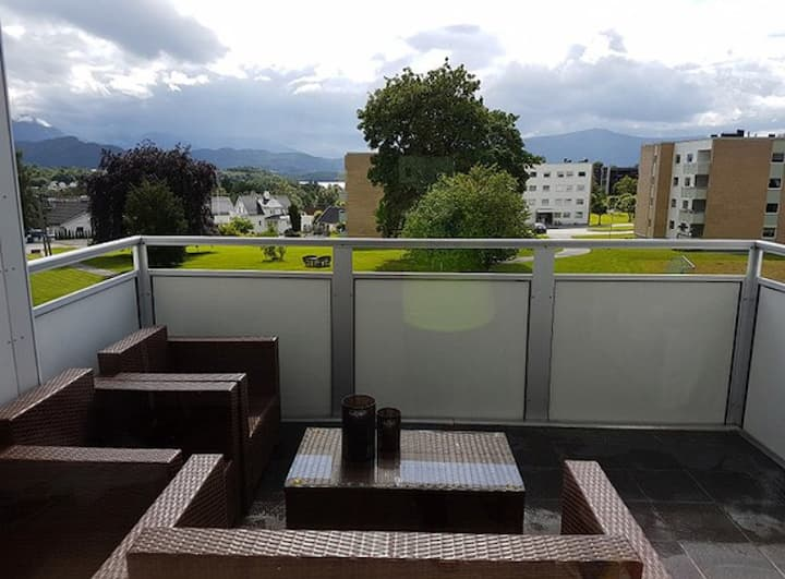 Modern apartment with balcony in beautiful Ålesund