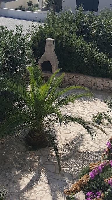 rostilj ispod terase