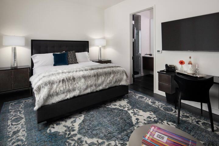 Jurny | 121 | Luxury Cozy Studio