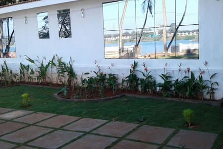Nisarga Nirvana - Riverside Triple Suites - Mangaluru - Betjent leilighet