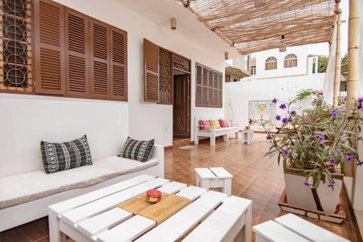 Full House_Casa Laginha Mindelo