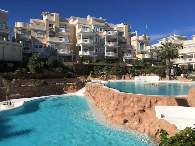 enjoy  incredible beach, pools wifi, tv, parking - Guardamar del Segura - Wohnung