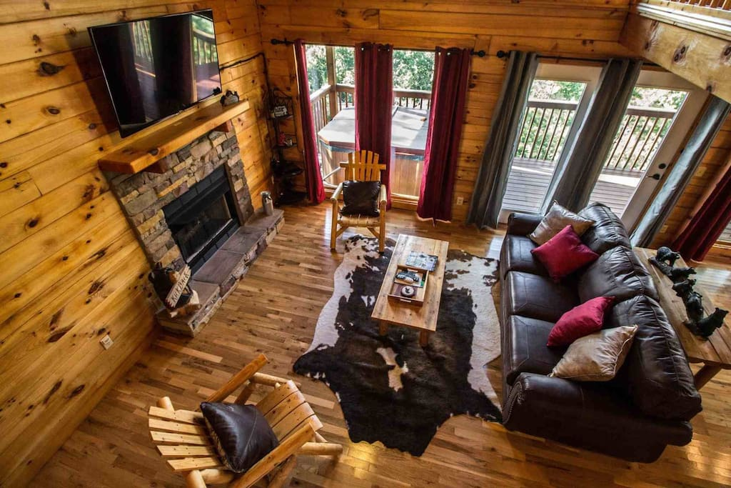 Kick Back Shack offers tons of amenities to ensure your stay is both fun and comfortable!