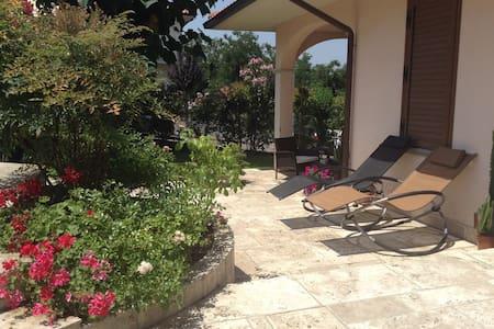 Charming flat very close to Chianti - Castelnuovo dei Sabbioni - Lägenhet