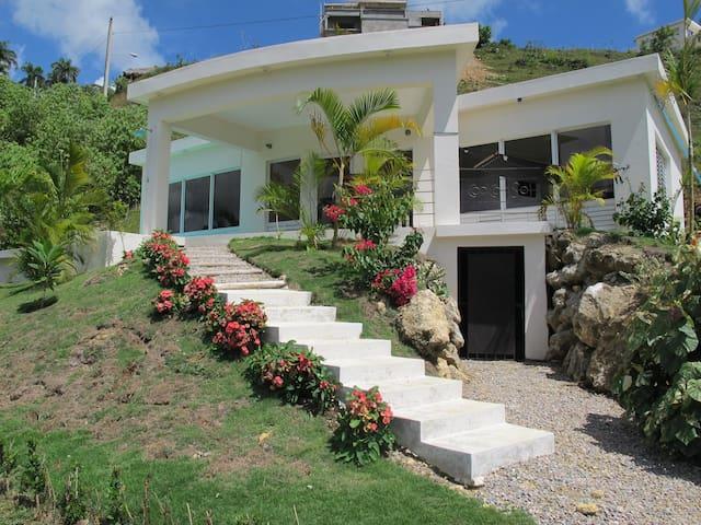 Villa CoolCool Sol a 3 km de la mer - Río San Juan - Hus