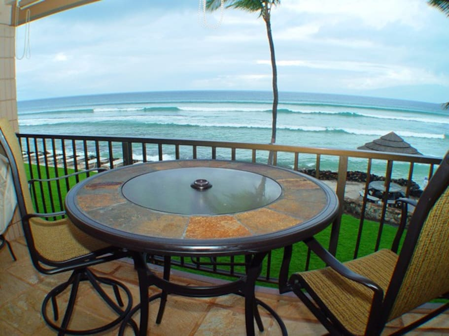 Private lanai with extra tall seating!