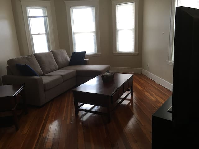 Private 2 bedroom apartment adjacent to bus line,