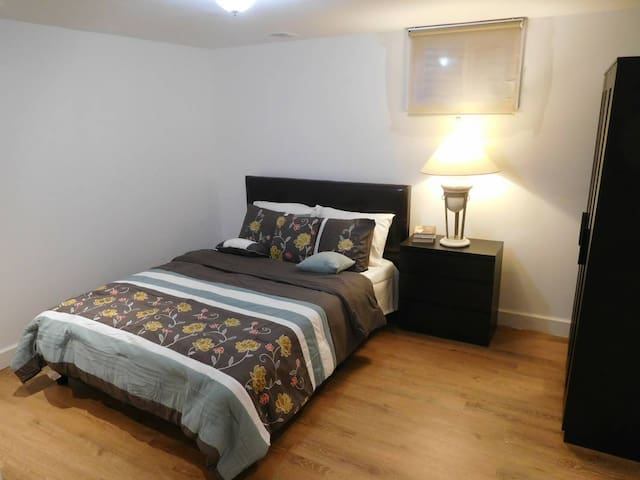 Nice & spacious 2 BR close to MGM, Nat'l Harbor - Oxon Hill - House