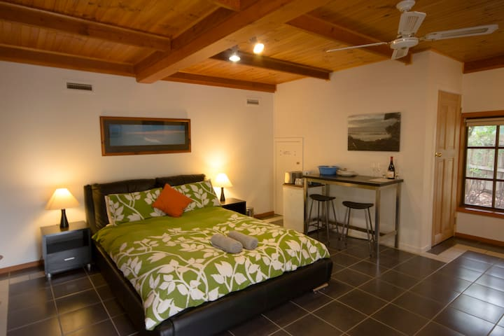 Cedar Haven close to surf beach and Great Ocean Rd