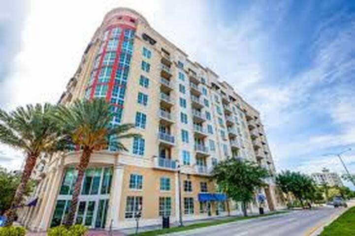 WPBCityPlace. 2/2. Short/long term. - West Palm Beach - Apto. en complejo residencial
