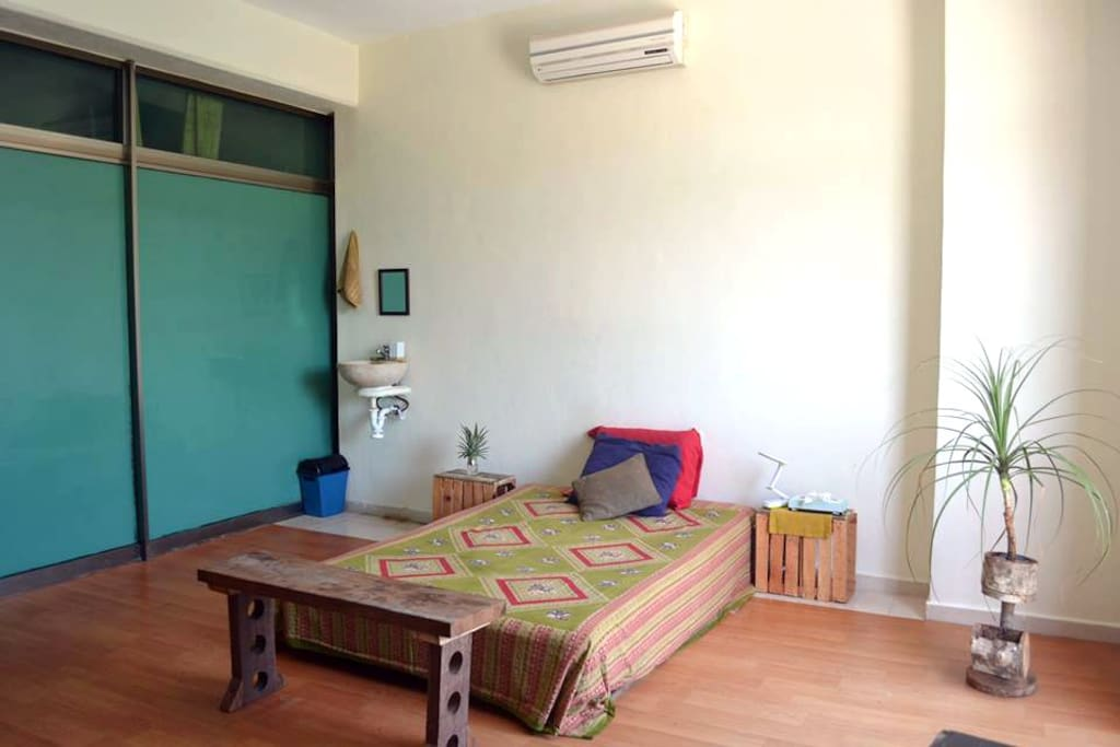 Spacious room with everything you need for a perfect stay.