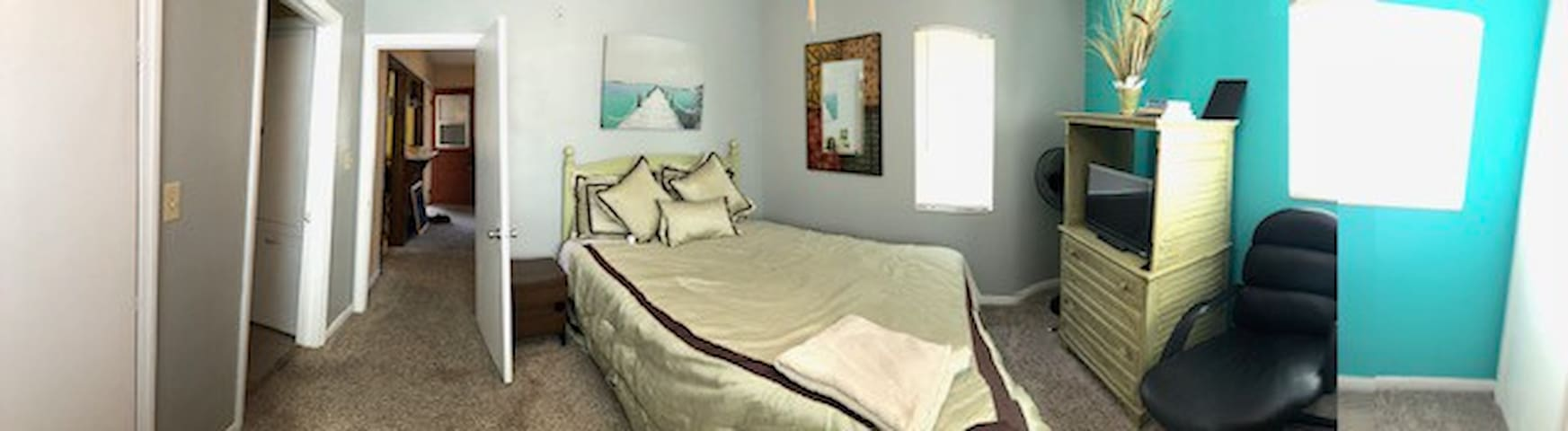 Quaint 2 rooms, 2 Qn beds Tampa/Busch/lego/disney