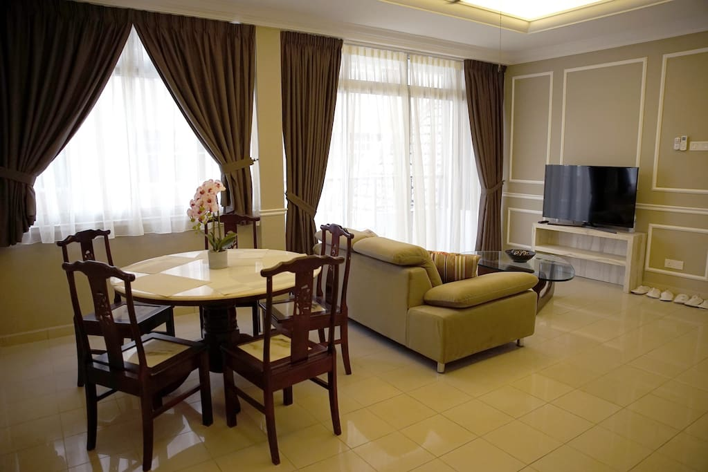 "Newly renovated apartment unit. Spacious living and dining area equipped with 40"" LCD TV + ASTRO"