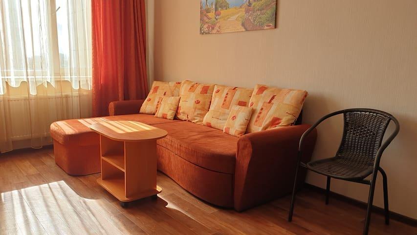 Квартира «Оранжевое счастье» рядом с ж/д Крюково