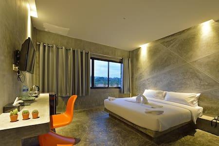 The Oasis Resort, Chic resort 2 - ตำบล ปากน้ำ