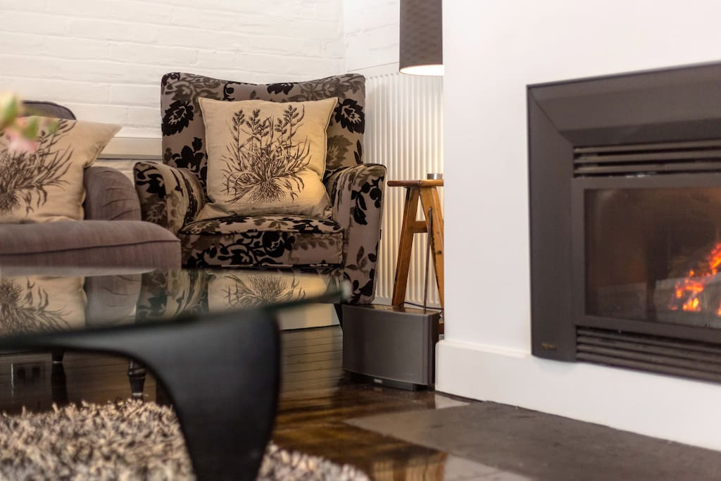 Relax by the cosy fire attended by a future WW2 leader in one of Australia's most historic rooms