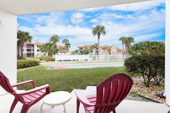 Ocean Village Club E17 - St. Augustine - Condomínio