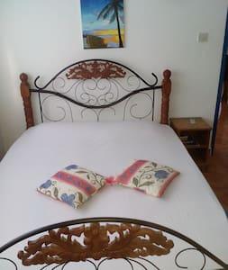 Chez Hamed Double Room - La Digue - Talo