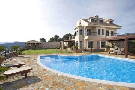 Villa Lia - Agios Nikolaos - Villa
