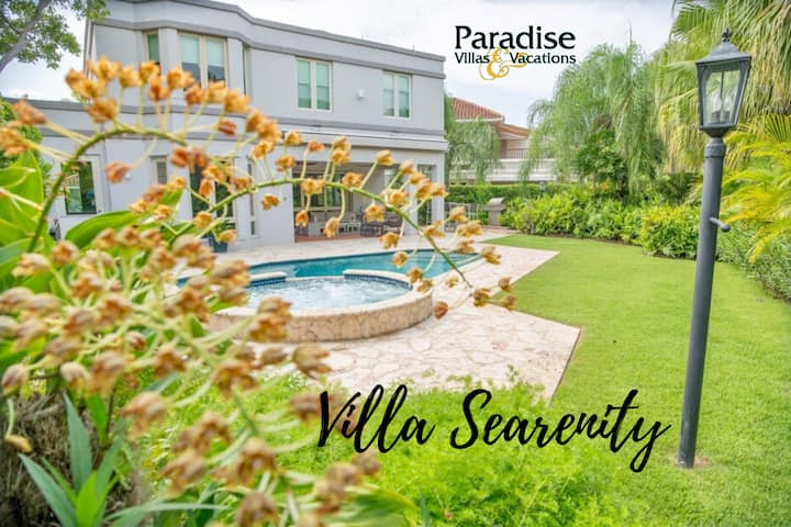 """Villa Searenity"", w/ Private Pool @ Ritz Reserve"