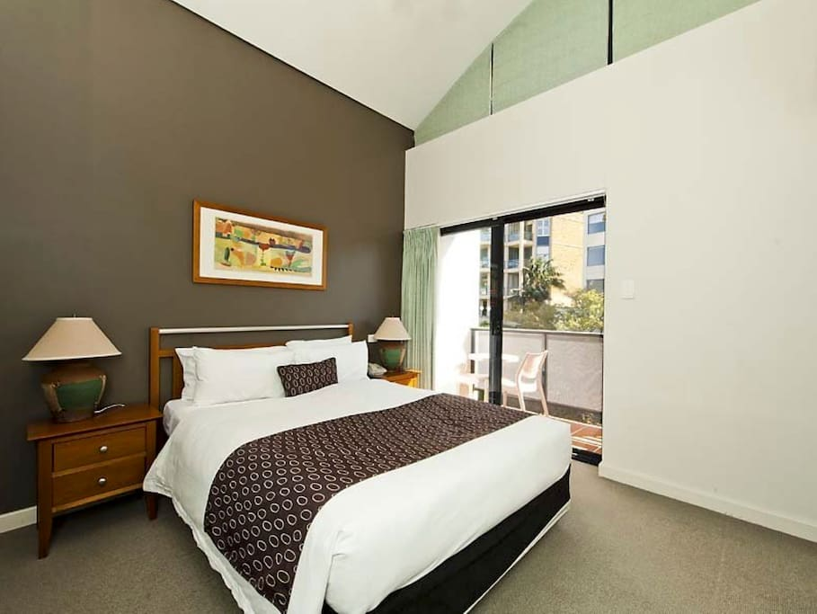 Modern 1 bedroom in the cbd apartments for rent in perth for Modern 1 bedroom apartments