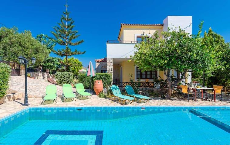Villa Melini, 2 BD, 2 BA, private pool