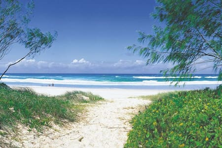 Beach Bliss - Beachside Apartment - Ground Floor - Pottsville - Pis