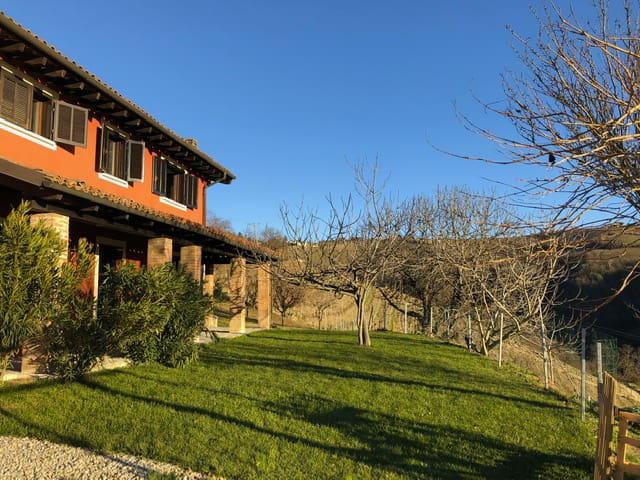 Villa in the heart of the Langhe / Cascina Nervo