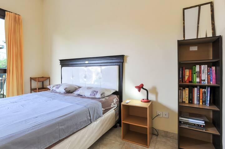 Clean, Simple Studio - Sanur - Apartment