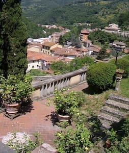 villa storica campagna toscana - Londa