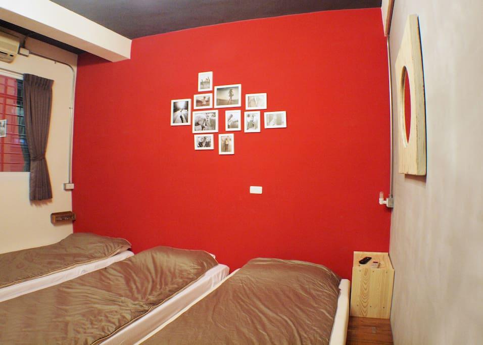 寬敞的床鋪,舒適的空間。