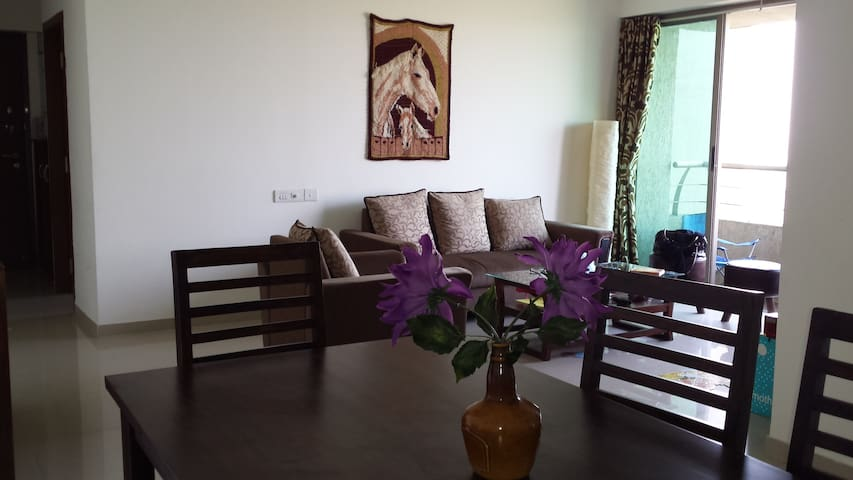 Serviced apartment Oberoi Splendor - Bombai