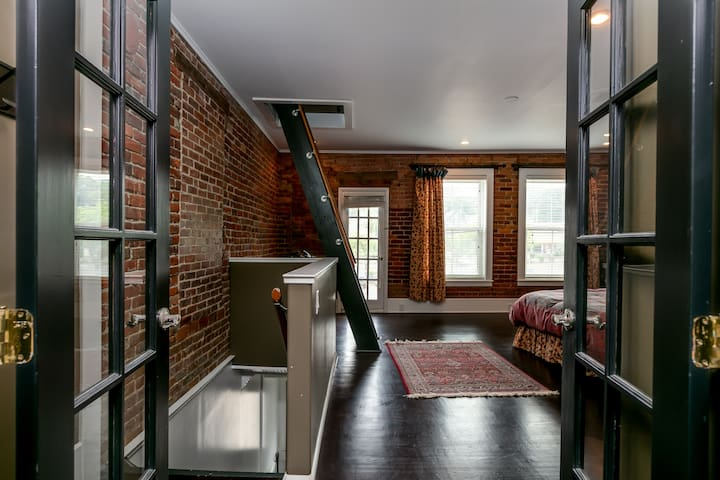 Luxury apartment located in Corning, NY