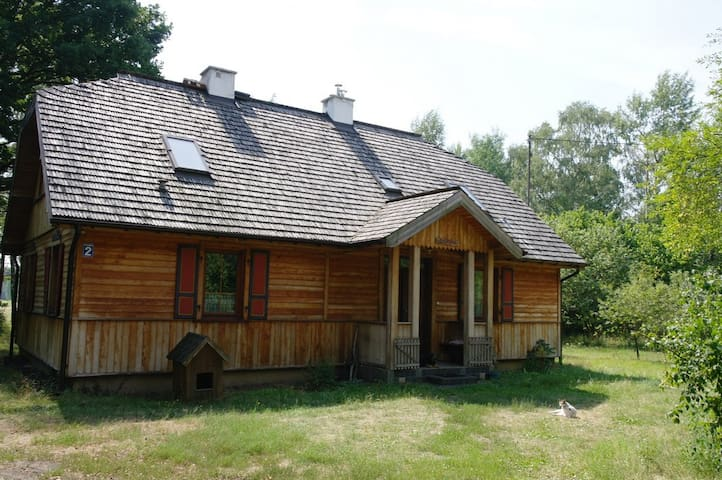 Relax in a forest village 1 hour drive from Warsaw - Dębe Wielkie - บ้าน