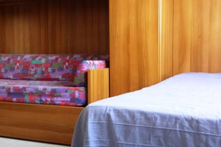 PRIVATE ROOM (till 3 persons) - Monterotondo